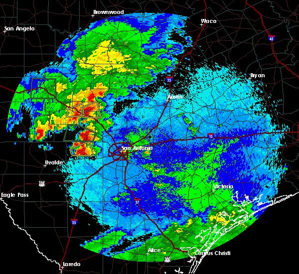 Radar Image for Severe Thunderstorms near Fredericksburg, TX at 5/17/2016 10:14 PM CDT