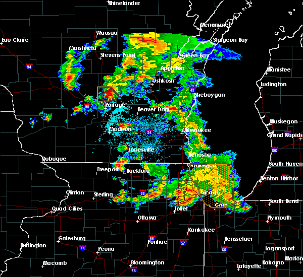 Radar Image for Severe Thunderstorms near Endeavor, WI at 5/25/2016 6:29 PM CDT