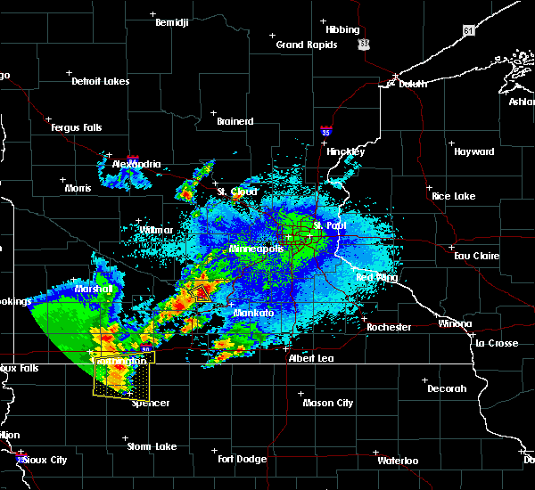 Radar Image for Severe Thunderstorms near St. Peter, MN at 5/26/2016 12:34 AM CDT