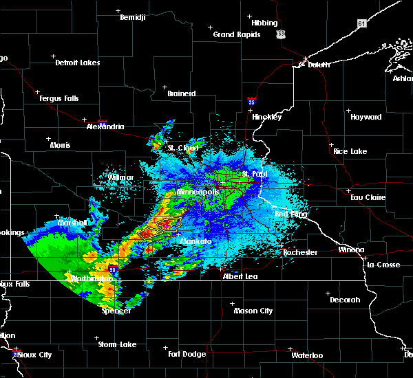 Radar Image for Severe Thunderstorms near St. Peter, MN at 5/26/2016 12:49 AM CDT