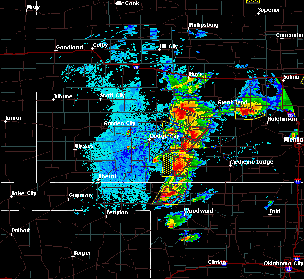 Radar Image for Severe Thunderstorms near Protection, KS at 5/26/2016 2:39 PM CDT