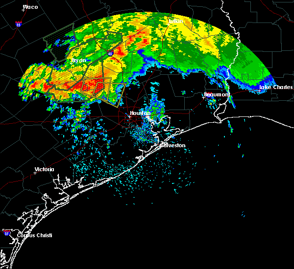 Radar Image for Severe Thunderstorms near Tomball, TX at 5/26/2016 4:01 PM CDT