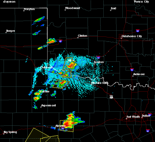 Radar Image for Severe Thunderstorms near Vernon, TX at 5/26/2016 7:07 PM CDT
