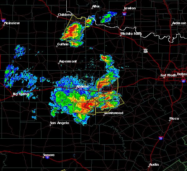 Radar Image for Severe Thunderstorms near Cross Plains, TX at 5/26/2016 8:04 PM CDT