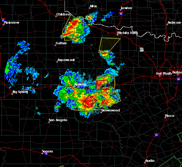 Radar Image for Severe Thunderstorms near Cross Plains, TX at 5/26/2016 8:10 PM CDT