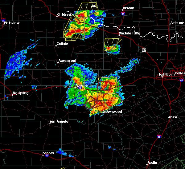 Radar Image for Severe Thunderstorms near Cross Plains, TX at 5/26/2016 8:32 PM CDT
