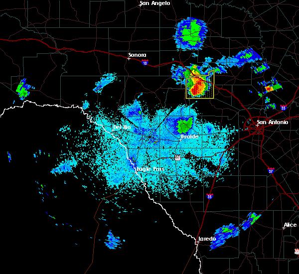 Radar Image for Severe Thunderstorms near Ingram, TX at 5/26/2016 9:54 PM CDT