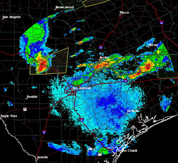 Radar Image for Severe Thunderstorms near Stonewall, TX at 5/26/2016 10:13 PM CDT