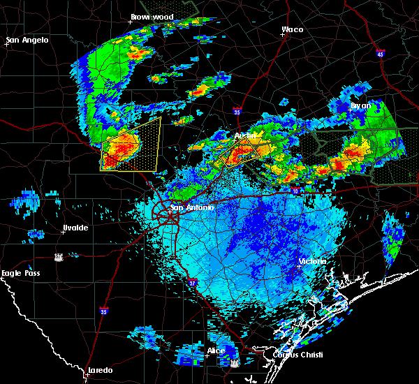 Radar Image for Severe Thunderstorms near Ingram, TX at 5/26/2016 10:39 PM CDT