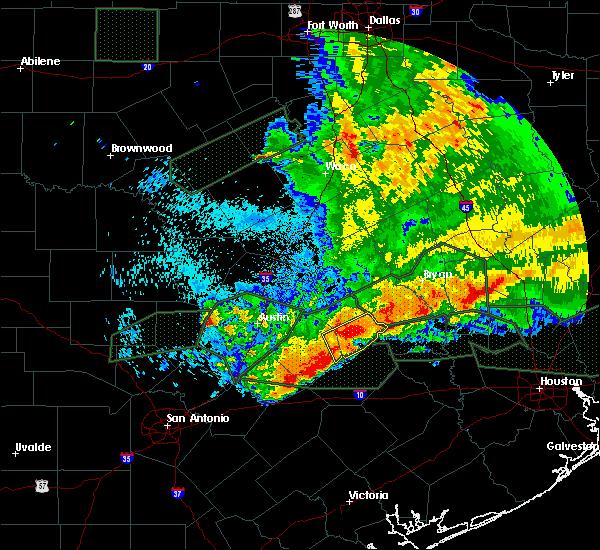 Radar Image for Severe Thunderstorms near Giddings, TX at 5/27/2016 1:49 AM CDT