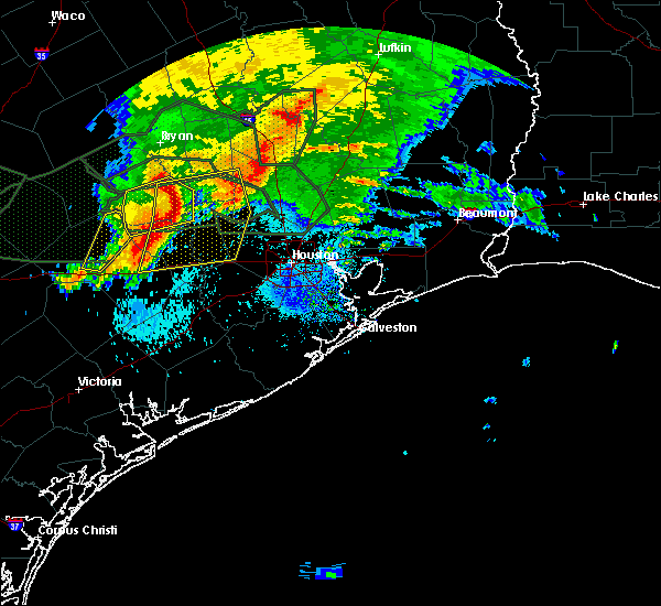 Radar Image for Severe Thunderstorms near Magnolia, TX at 5/27/2016 3:38 AM CDT