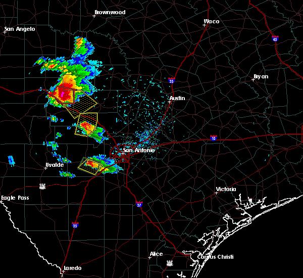 Radar Image for Severe Thunderstorms near Ingram, TX at 5/28/2016 8:02 PM CDT