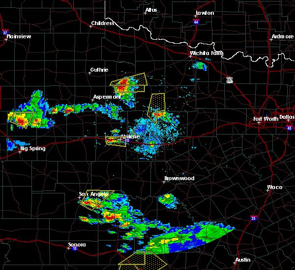Radar Image for Severe Thunderstorms near Weinert, TX at 5/28/2016 8:48 PM CDT