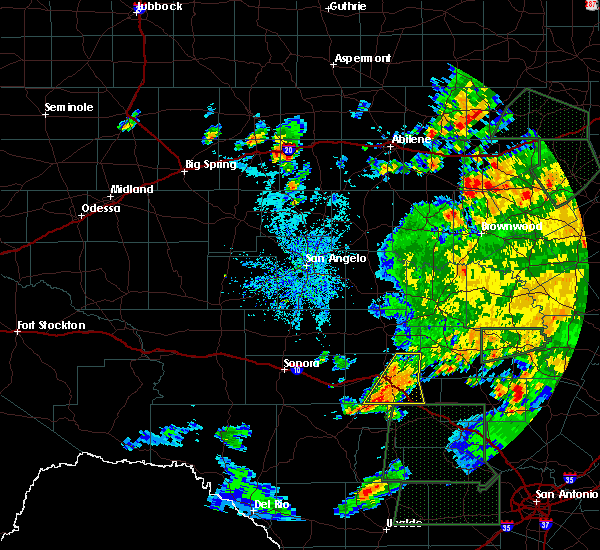 Radar Image for Severe Thunderstorms near Junction, TX at 5/31/2016 2:40 PM CDT