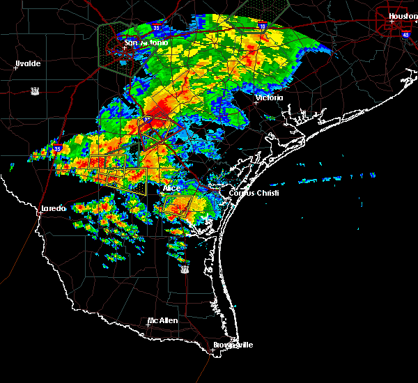 Radar Image for Severe Thunderstorms near Kingsville, TX at 5/31/2016 6:02 PM CDT