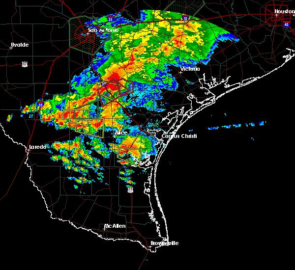 Radar Image for Severe Thunderstorms near Freer, TX at 5/31/2016 6:06 PM CDT