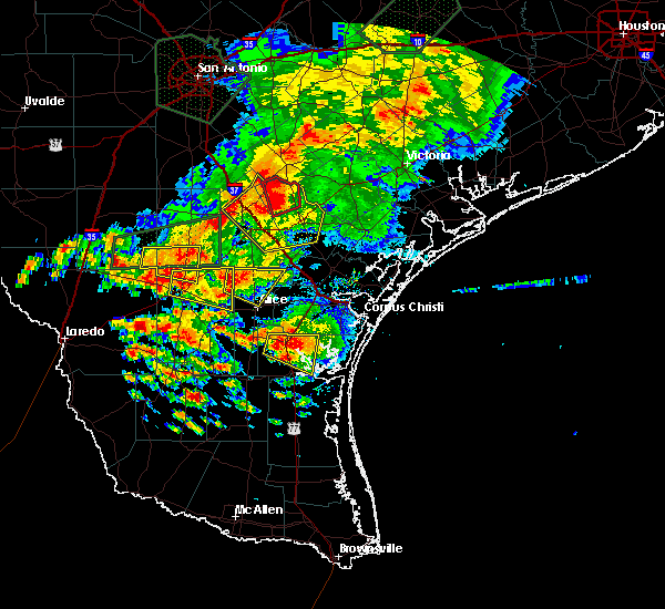 Radar Image for Severe Thunderstorms near Kingsville, TX at 5/31/2016 6:21 PM CDT