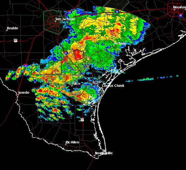 Radar Image for Severe Thunderstorms near Kingsville, TX at 5/31/2016 6:23 PM CDT