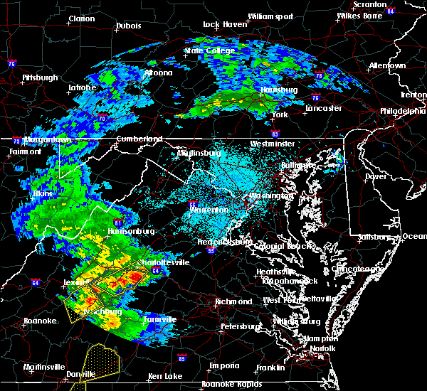 Radar Image for Severe Thunderstorms near University of Virginia, VA at 6/4/2016 10:46 PM EDT