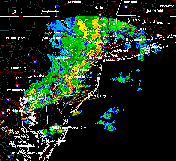 Radar Image for Severe Thunderstorms near Buena, NJ at 6/5/2016 6:27 PM EDT