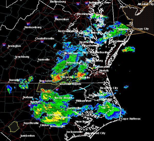 Radar Image for Severe Thunderstorms near Boykins, VA at 6/5/2016 8:15 PM EDT