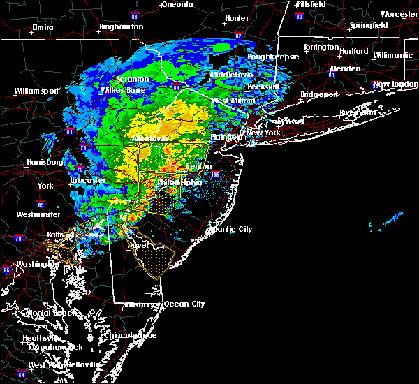 Radar Image for Severe Thunderstorms near Roebling, NJ at 6/8/2016 11:54 AM EDT