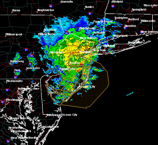 Radar Image for Severe Thunderstorms near Browns Mills, NJ at 6/8/2016 12:42 PM EDT