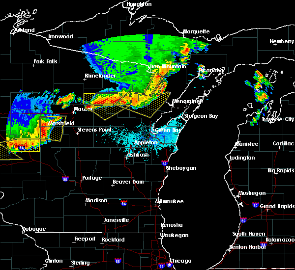 Radar Image for Severe Thunderstorms near Aniwa, WI at 6/10/2016 6:12 PM CDT