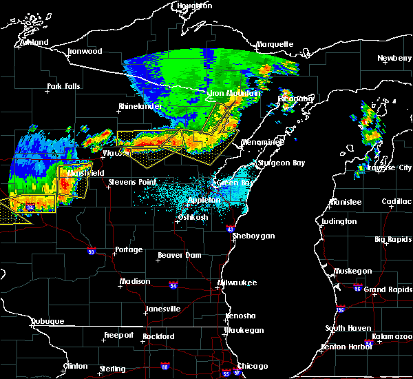 Radar Image for Severe Thunderstorms near Aniwa, WI at 6/10/2016 6:15 PM CDT