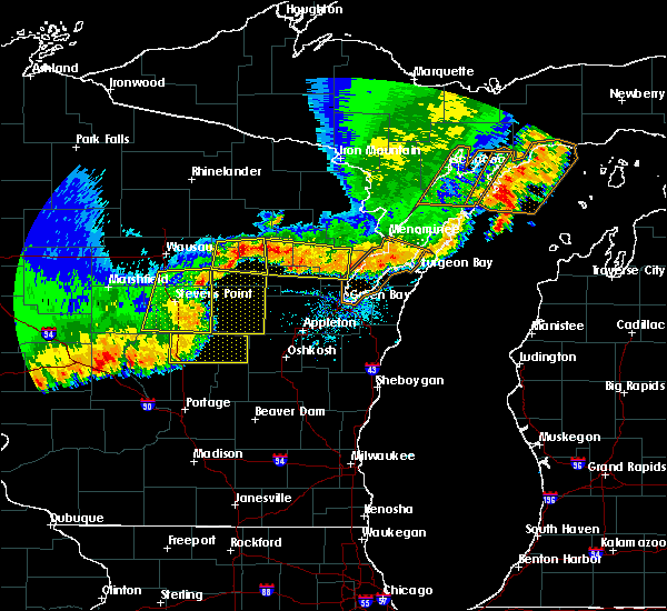 Radar Image for Severe Thunderstorms near King, WI at 6/10/2016 7:05 PM CDT