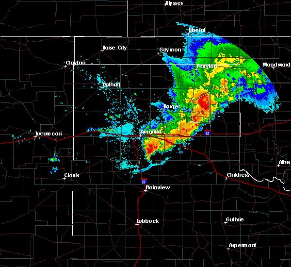 Radar Image for Severe Thunderstorms near Lefors, TX at 6/13/2016 10:34 PM CDT