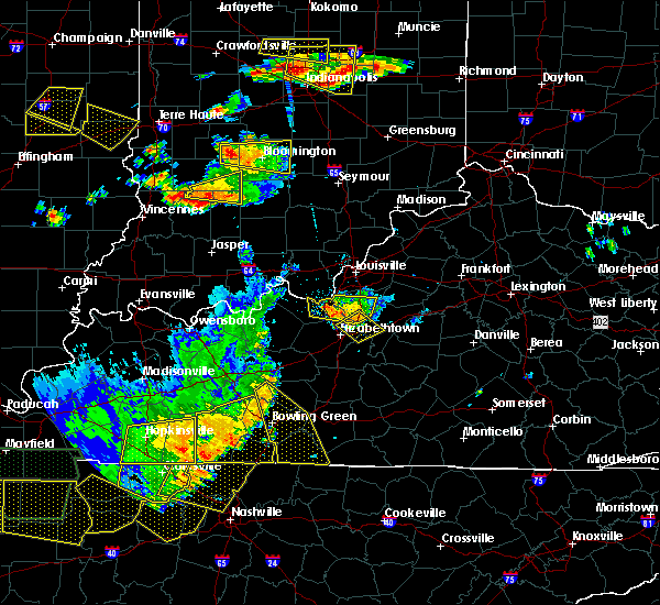 Radar Image for Severe Thunderstorms near Lebanon Junction, KY at 6/15/2016 4:32 PM EDT