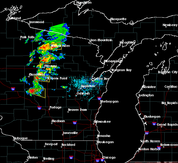Radar Image for Severe Thunderstorms near Merrill, WI at 6/15/2016 4:35 PM CDT