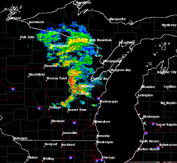 Radar Image for Severe Thunderstorms near Hortonville, WI at 6/15/2016 6:24 PM CDT