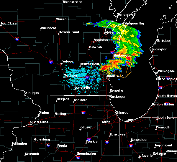 Radar Image for Severe Thunderstorms near Mequon, WI at 6/15/2016 8:03 PM CDT
