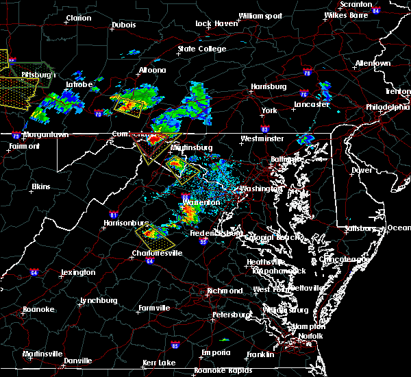 Radar Image for Severe Thunderstorms near Charles Town, WV at 6/16/2016 4:11 PM EDT