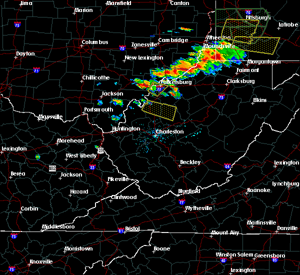 Radar Image for Severe Thunderstorms near Parkersburg, WV at 6/16/2016 4:19 PM EDT