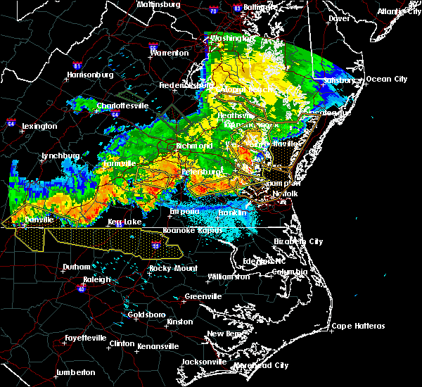 Radar Image for Severe Thunderstorms near Newport News, VA at 6/16/2016 11:17 PM EDT