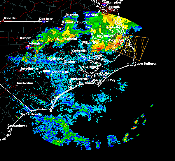 Radar Image for Severe Thunderstorms near Kitty Hawk, NC at 6/17/2016 2:34 AM EDT