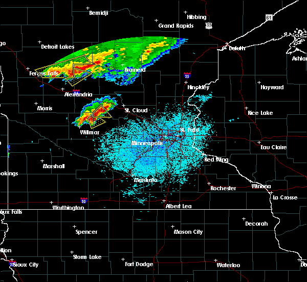 Radar Image for Severe Thunderstorms near Bertha, MN at 6/17/2016 2:01 PM CDT