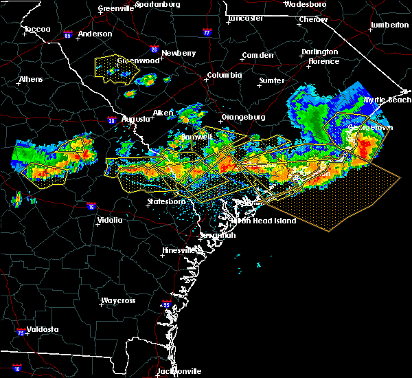 Radar Image for Severe Thunderstorms near Edisto Beach, SC at 6/17/2016 4:32 PM EDT