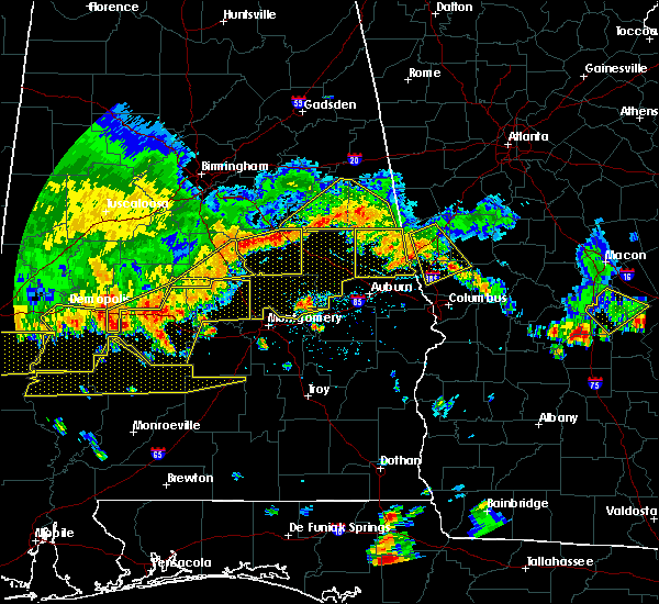 Radar Image for Severe Thunderstorms near Montgomery, AL at 6/17/2016 4:44 PM CDT