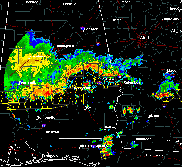 Radar Image for Severe Thunderstorms near Coosada, AL at 6/17/2016 5:03 PM CDT
