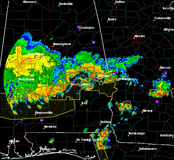 Radar Image for Severe Thunderstorms near Pike Road, AL at 6/17/2016 5:22 PM CDT