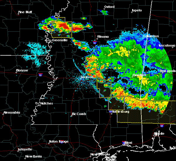 Radar Image for Severe Thunderstorms near Schlater, MS at 6/17/2016 6:09 PM CDT