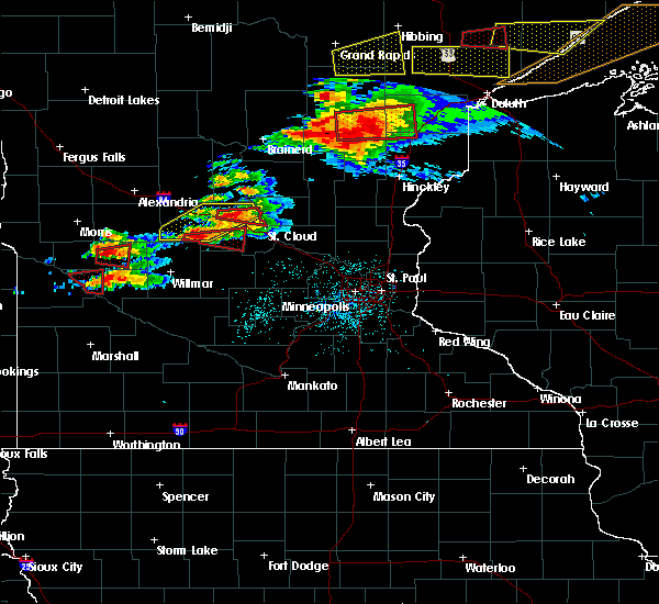 Radar Image for Severe Thunderstorms near St. Anthony, MN at 6/19/2016 8:01 PM CDT