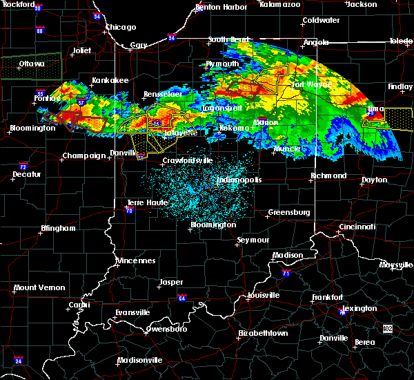 Radar Image for Severe Thunderstorms near Otterbein, IN at 6/23/2016 12:27 AM EDT