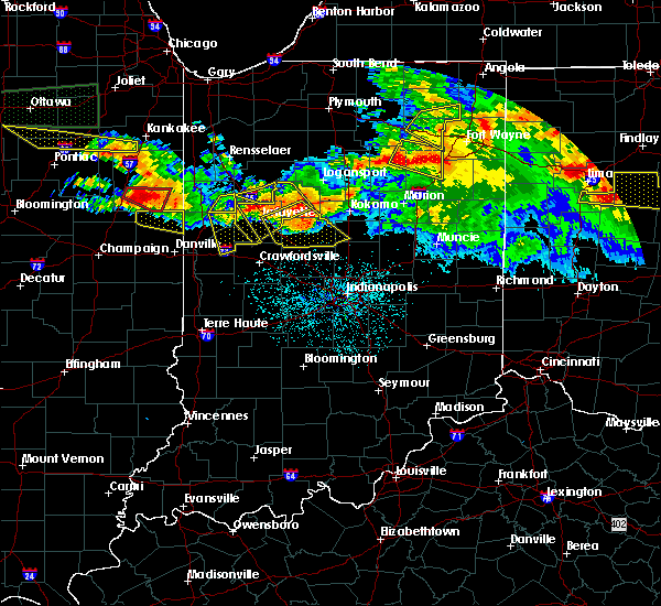 Radar Image for Severe Thunderstorms near Otterbein, IN at 6/23/2016 12:39 AM EDT