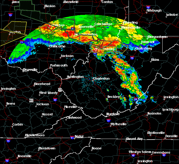 Radar Image for Severe Thunderstorms near Parkersburg, WV at 6/23/2016 2:43 AM EDT