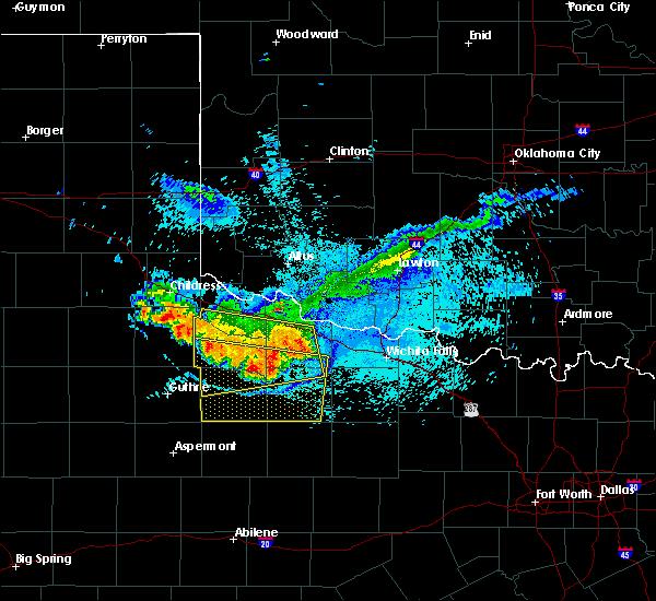 Radar Image for Severe Thunderstorms near Vernon, TX at 6/28/2016 10:34 PM CDT
